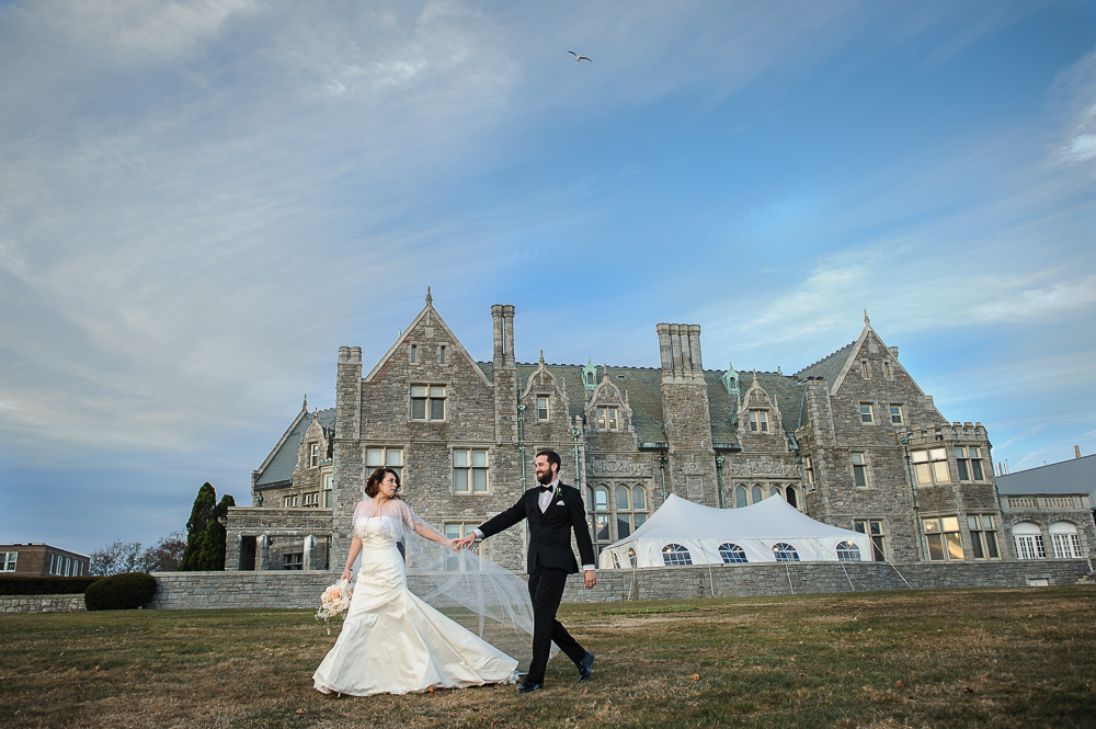 Holly Tim S Beautiful Vintage Wedding At The Branford House Jennifer Bach Photography